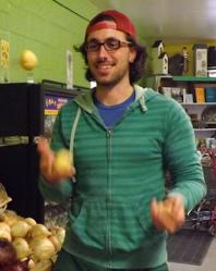 buggy juggling potatoes